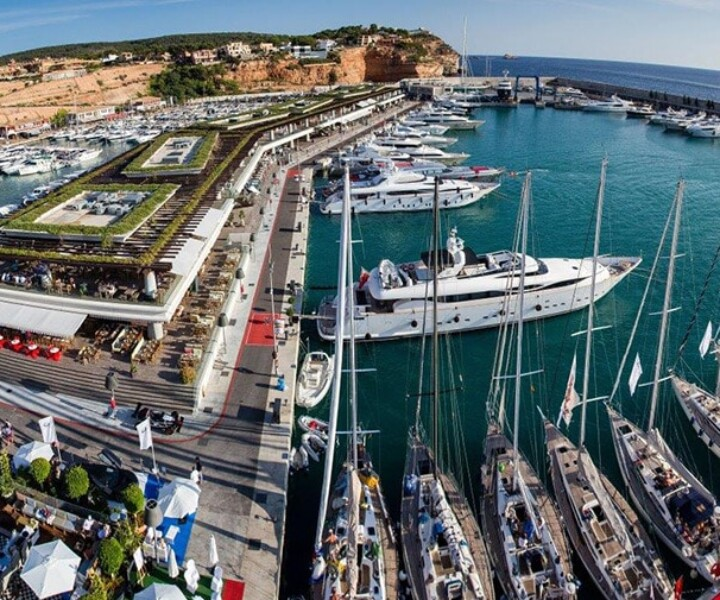 The superyacht marina management company, Ocibar who already manage the renowned Port Adriano, one of our members at BYD, have recently acquired Port Tarraco, their first marina outside of the Balearic Islands.  Ocibar also manages Marina Botafoc in Ibiza and due to the ideal location and similar infrastructure, Port Tarraco will be the perfect extension to their portfolio.